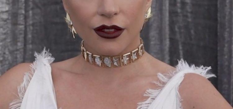 Ирина Шейк или Леди Гага?